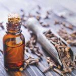 Aceites esenciales para tratar trastornos de la esfera bucal